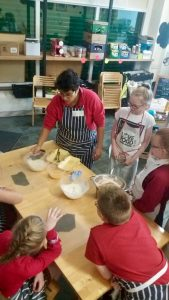 Community cooking lessons, 2016